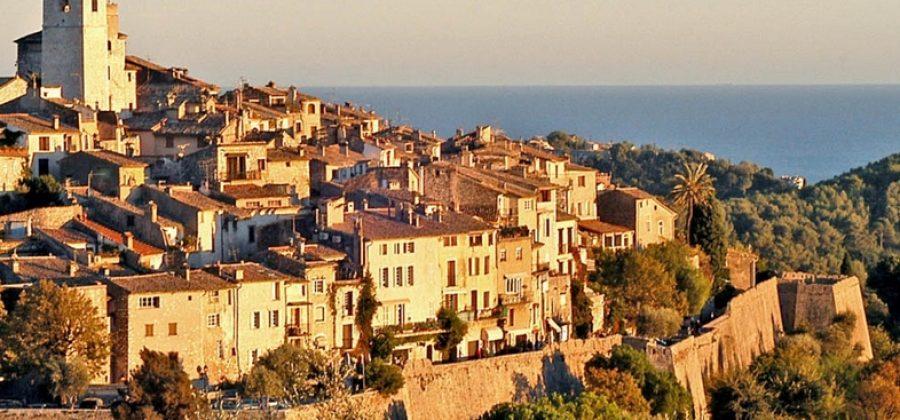 Куда поехать во Франции в декабре?