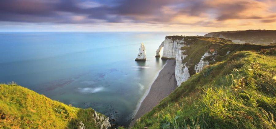 Франция в апреле: куда съездить отдохнуть?